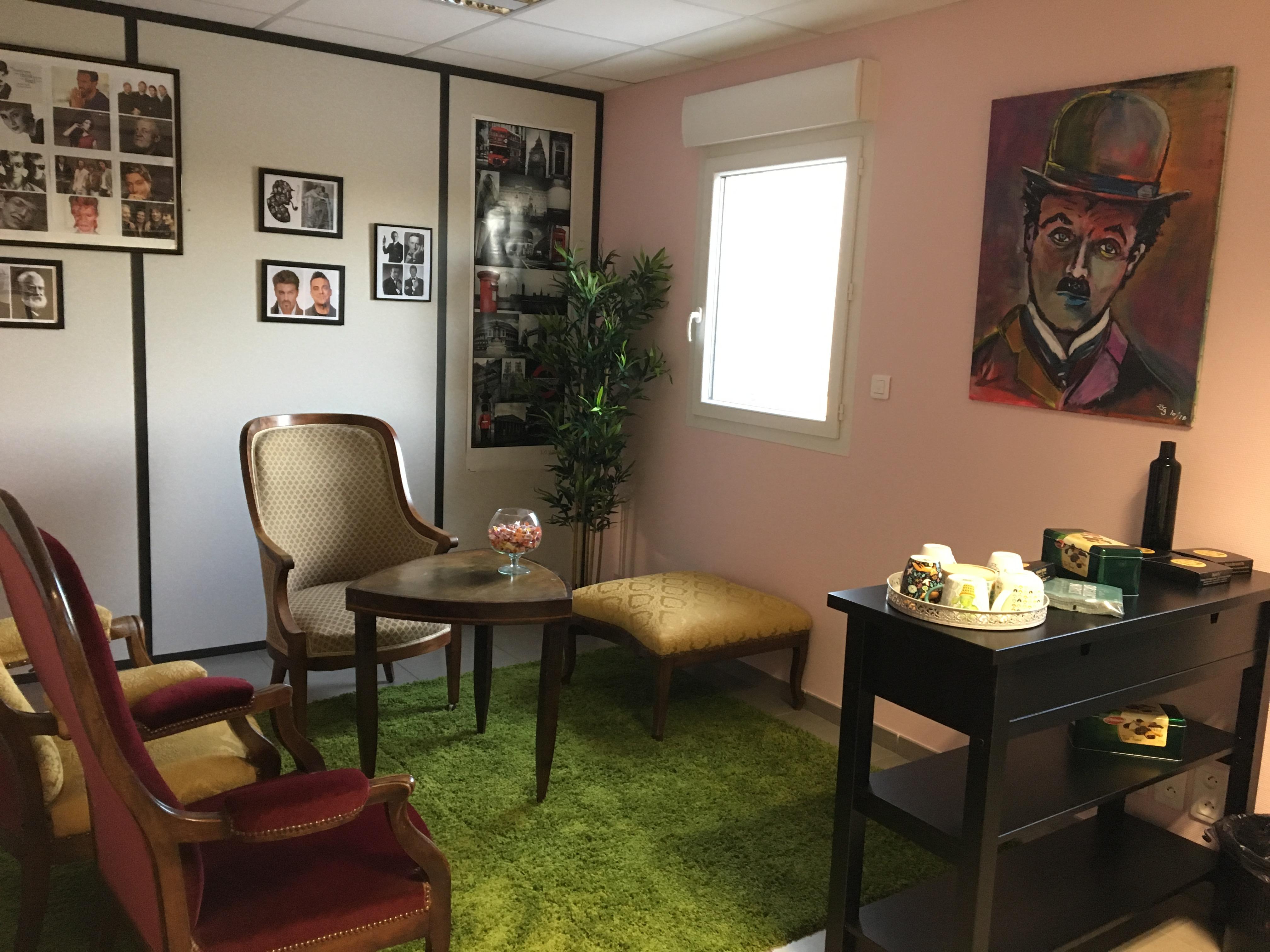 """""""Tea Room"""" : Une nouvelle approche de la conversation!"""